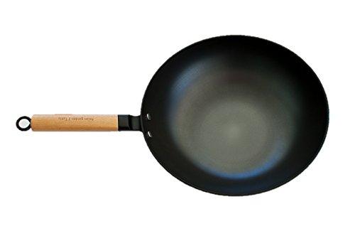 AG2T Light weight 13 cast iron flat bottom wok