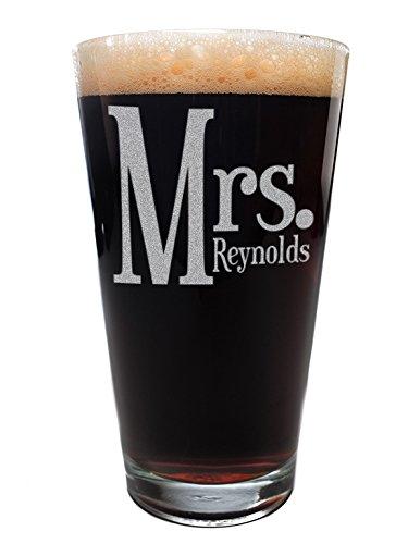 CUSTOMIZABLE Mrs Pint Drinking Glass