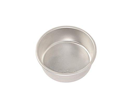 Nordic Ware 45406 Naturals Aluminum Bakeware Layer Cake Pan Silver