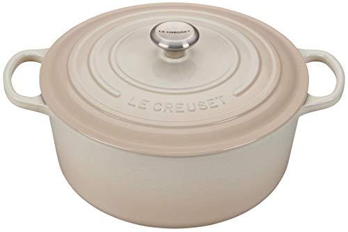 Le Creuset 9-Quart Signature Round Dutch Oven Stainless Steel Knob Meringue