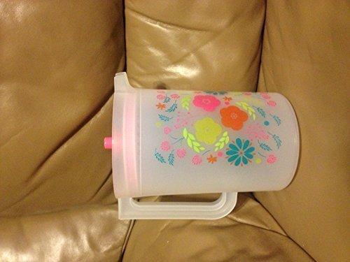 Tupperware Flower Fiesta 2 Quart Pitcher with Pink Seal