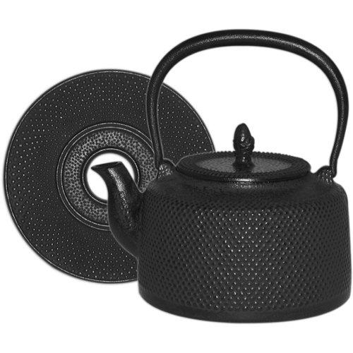 Black Hobnail Cast Iron Tea Kettle with Trivet 50 Ounce