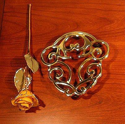 Brass Silver Traditions Acorn Trivet
