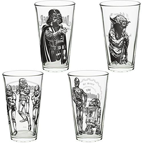 Zak Designs Pint Glass Tumblers Featuring Classic Star Wars Characters 4 Unique Designs 16 oz Capacity 4 Piece Set