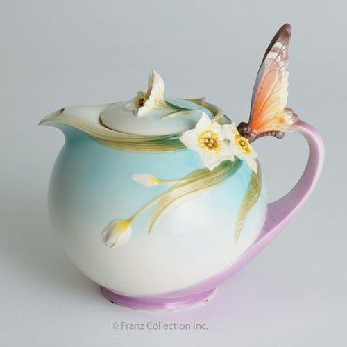 Franz Papillon Butterfly Design Sculptured Porcelain Teapot