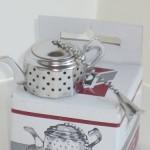 R-M-International-4621-Teapot-Shaped-Tea-Infuser-Ball-40.jpg